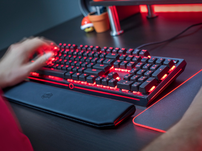 Un clavier doté de switches Cherry MX Red !