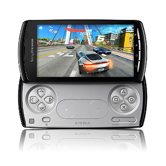 Smartphone et téléphone mobile Sony Ericsson Xperia Play (noir)