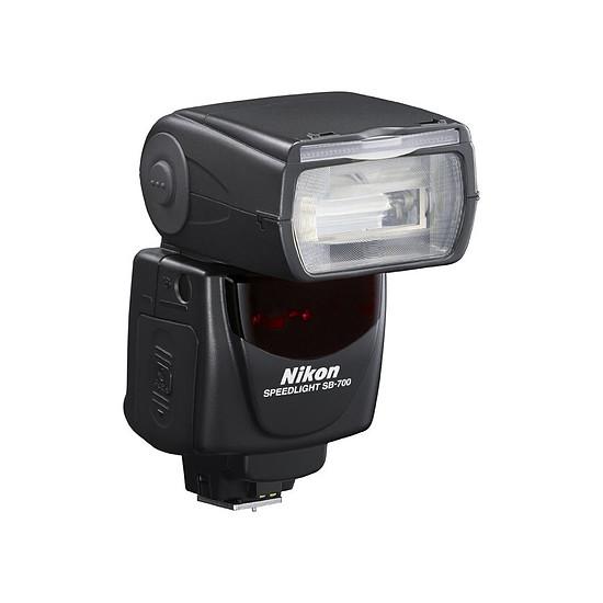 Flash et éclairage Nikon Flash SB-700