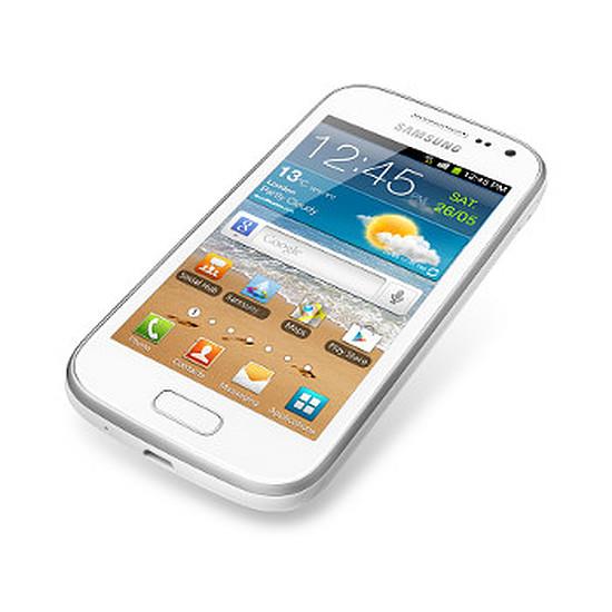Smartphone et téléphone mobile Samsung Galaxy Ace 2 NFC GT-i8160P (blanc)