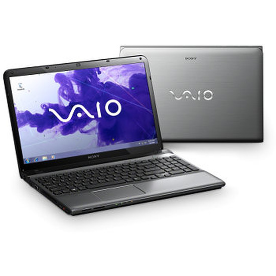 PC portable Sony Vaio SVE1513U1ESI