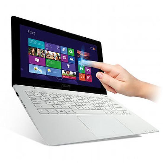 PC portable Asus VivoBook F200CA-CT245H - Blanc