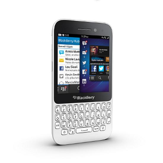 Smartphone et téléphone mobile BlackBerry Q5 (blanc)