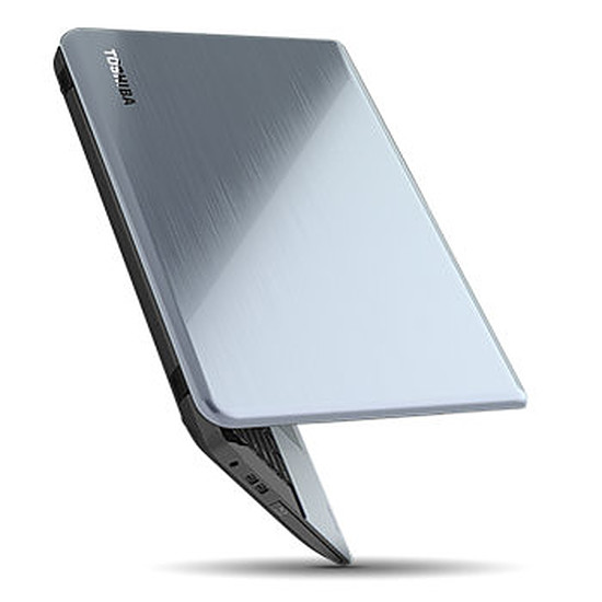 PC portable Toshiba Satellite S70t-A-107