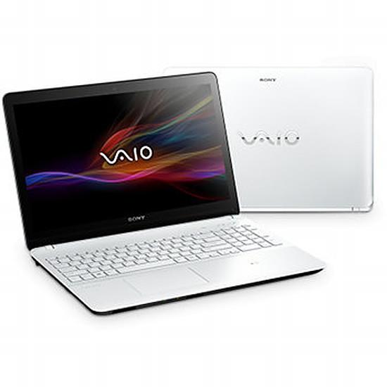 PC portable Sony Vaio Fit E SVF1521A6E/W