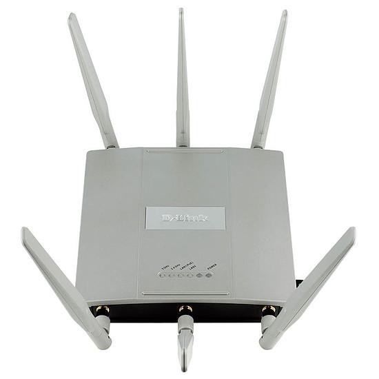 Point d'accès Wi-Fi D-Link DAP-2695 - Point d'accès AC1750