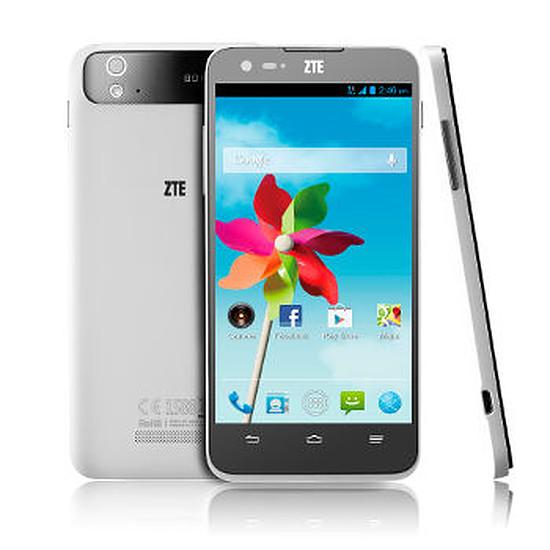Smartphone et téléphone mobile ZTE Grand S Flex (4G)
