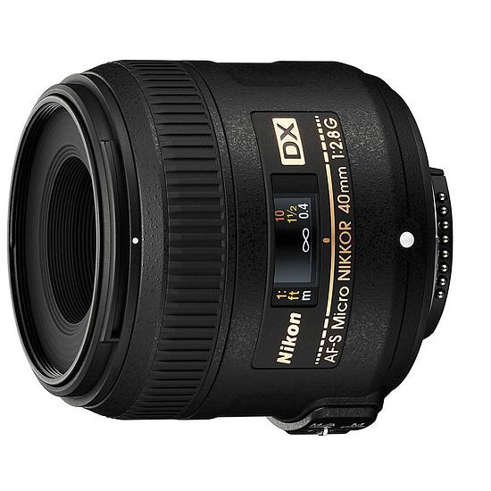 Objectif pour appareil photo Nikon AF-S DX Micro 40mm f/2.8 G