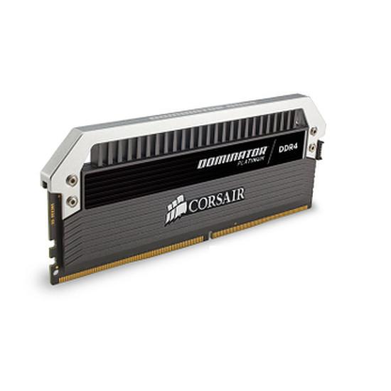 Mémoire Corsair Dominator Platinum DDR4 4 x 4 Go 2666 MHz CAS 15