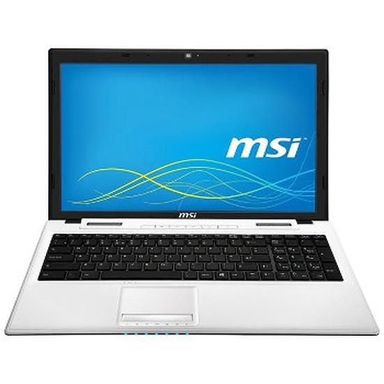 PC portable MSI CX61 2PC-1298XFR - i7 - 500 Go - 820M - Sans OS