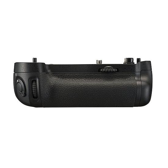 Batterie et chargeur Nikon Poignée d'alimentation MB-D16