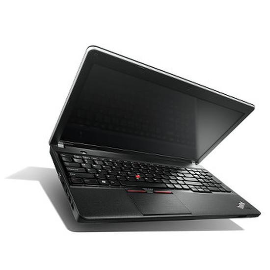 PC portable Lenovo ThinkPad Edge E540 - i5 - Win 7 - 20C600JJFR