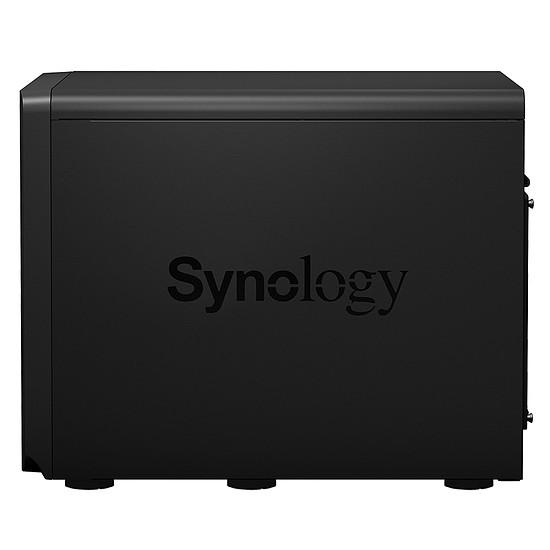 Serveur NAS Synology Unité d'extension DX1215 - Autre vue