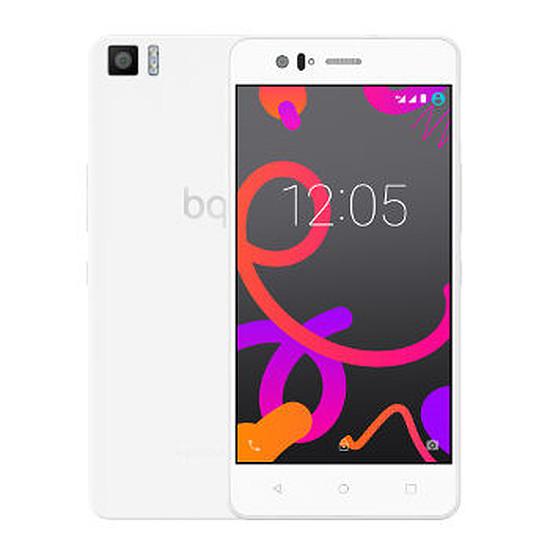 Smartphone et téléphone mobile bq Aquaris M5 - 4G - 32Go - 3Go RAM (blanc)