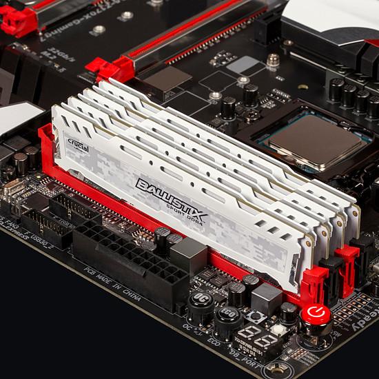 Mémoire Ballistix Sport LT White DDR4 16 Go 2400 MHz CAS 16 DR - Autre vue