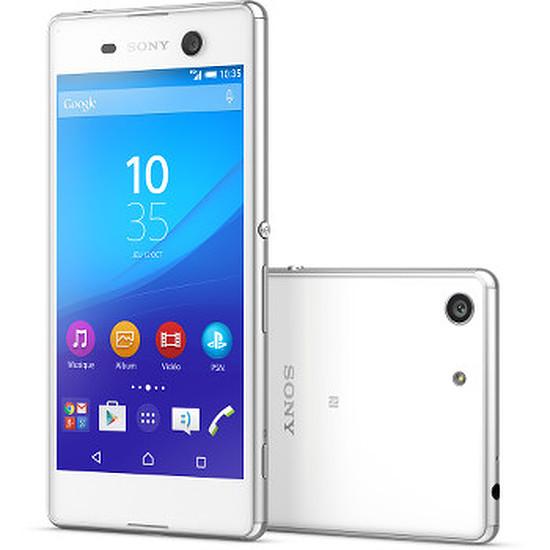 Smartphone et téléphone mobile Sony Mobile Xperia M5 Dual (blanc)