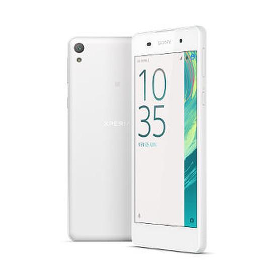 Smartphone et téléphone mobile Sony Xperia E5 (blanc)