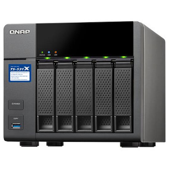 Serveur NAS QNAP NAS TS-531X - 8 Go