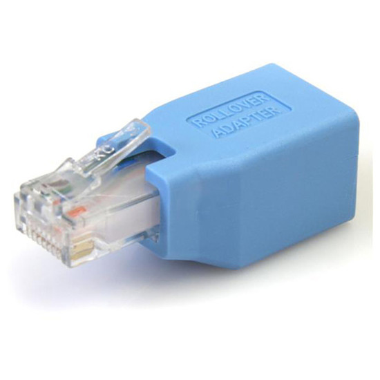 Connectique RJ45 StarTech.com Adaptateur rollover console cisco pour câble RJ45
