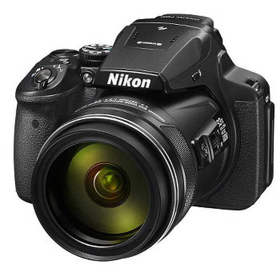 Appareil photo compact ou bridge Nikon P900 + Sacoche + Carte + Batterie