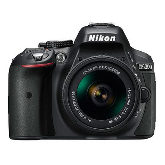 Appareil photo Reflex Nikon D5300 + 18-55 + Sacoche + SD 8 Go + Batterie