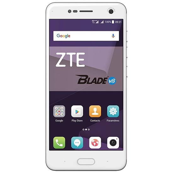 Smartphone et téléphone mobile ZTE Blade V8 (or)