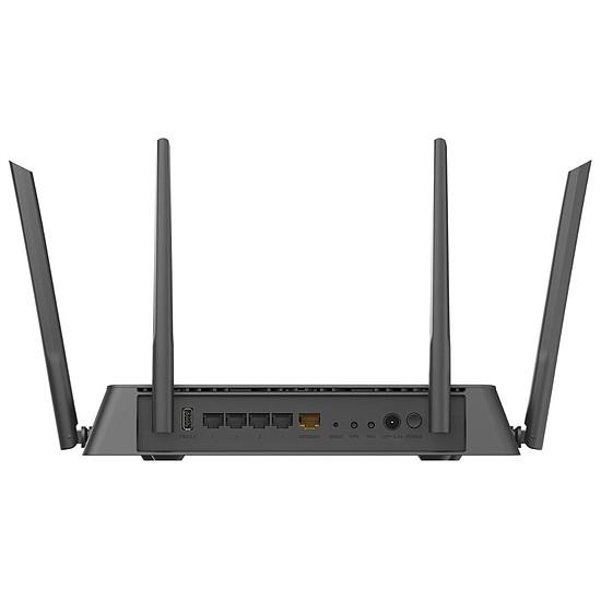 Routeur et modem D-Link DIR-882 - Routeur EXO WiFi AC2600 - Autre vue