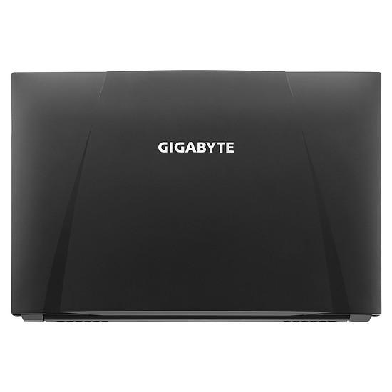 PC portable GIGABYTE Sabre 17 - P47G V8 C3W10Pro-FR - Autre vue