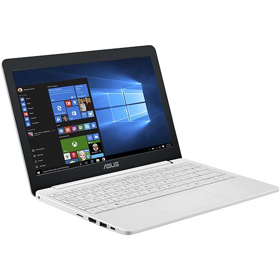 PC portable Asus L203NA-FD052TS