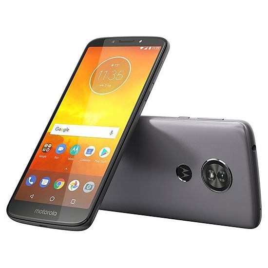 Smartphone et téléphone mobile Motorola Moto E5 (gris)