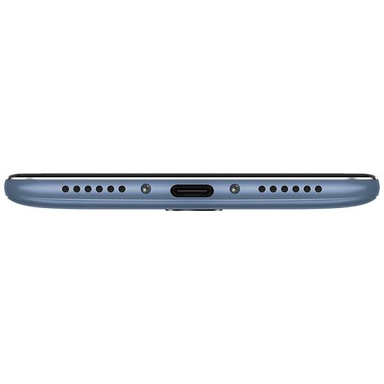 Smartphone et téléphone mobile Xiaomi Pocophone F1 (bleu acier) - 6 Go - 64 Go - Autre vue
