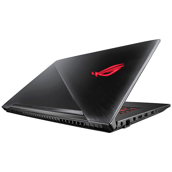 PC portable Pack Asus ROG SCAR GL703GM-EE044T + Souris ROG Strix Evolve offerte - Autre vue