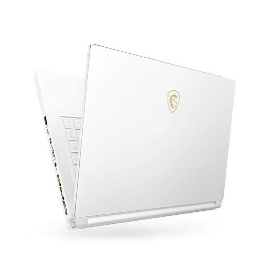 PC portable MSI P65 8RF-447FR - Autre vue