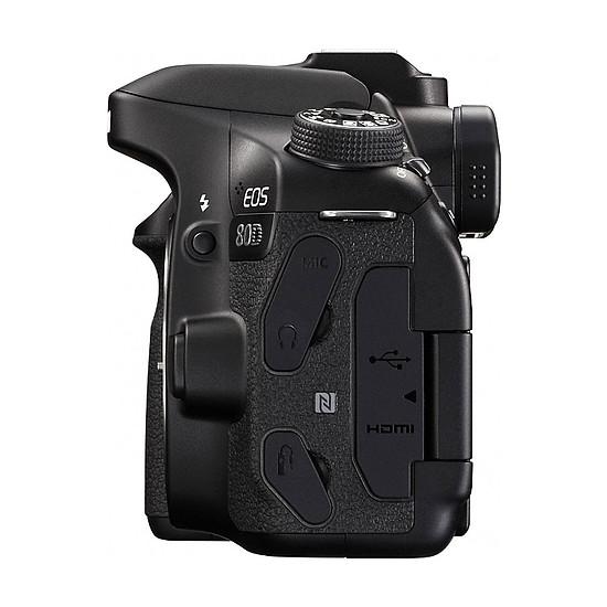 Appareil photo Reflex Canon EOS 80D + EF-S 18-200mm f/3.5-5.6 IS - Autre vue