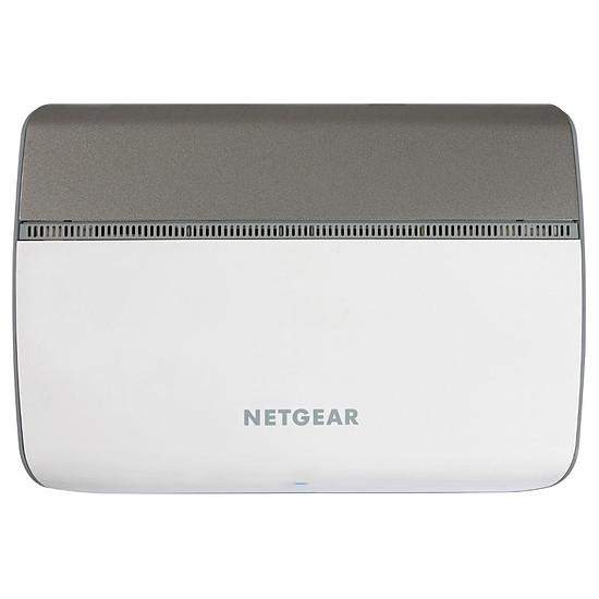 Switch et Commutateur Netgear GS908E - Autre vue