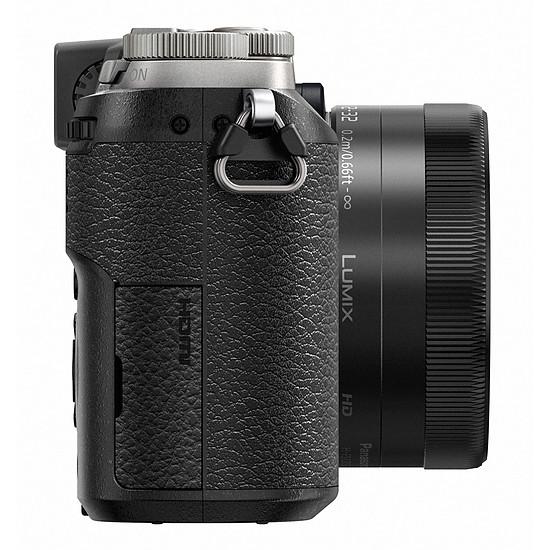 Appareil photo hybride Panasonic Lumix DMC-GX80 silver + 12-32 mm - Autre vue