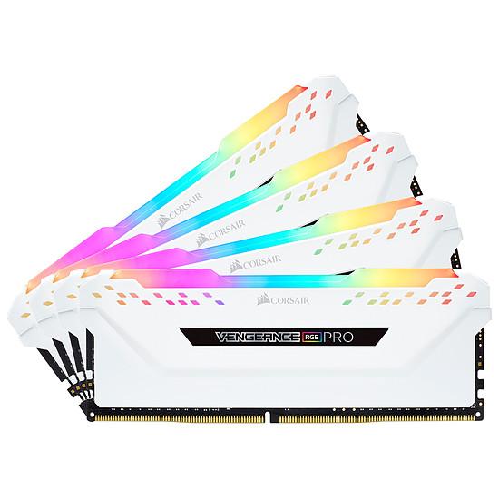 Mémoire Corsair Vengeance RGB PRO DDR4 4 x 16 Go 3200 MHz CAS 16 Blanche