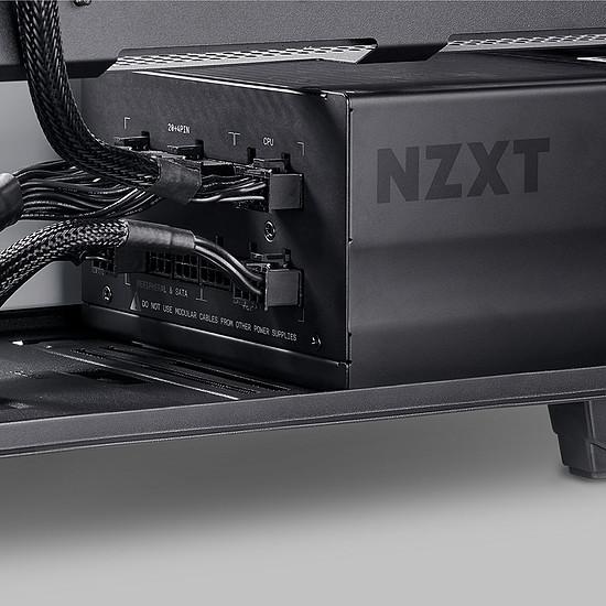 Boîtier PC NZXT H700 - Blanc + E850 - Autre vue