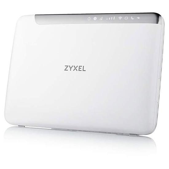 Routeur et modem ZyXEL- LTE5366-M608 - Routeur Homespot 4G LTE WiFi AC2050