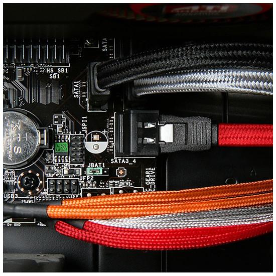 Serial ATA BitFenix Alchemy White - Câble SATA gainé 75 cm (coloris blanc) - Autre vue