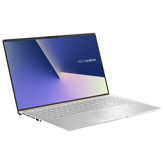PC portable ASUS Zenbook UX533FN-A8079RB