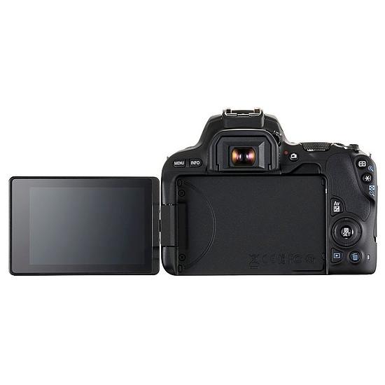 Appareil photo Reflex Canon EOS 200D + 18-135 IS STM + Carte microSD Kingston 8 GO + Caselogic FLXM 101 Antharcite + Manfrotto Compact Action Noir - Autre vue