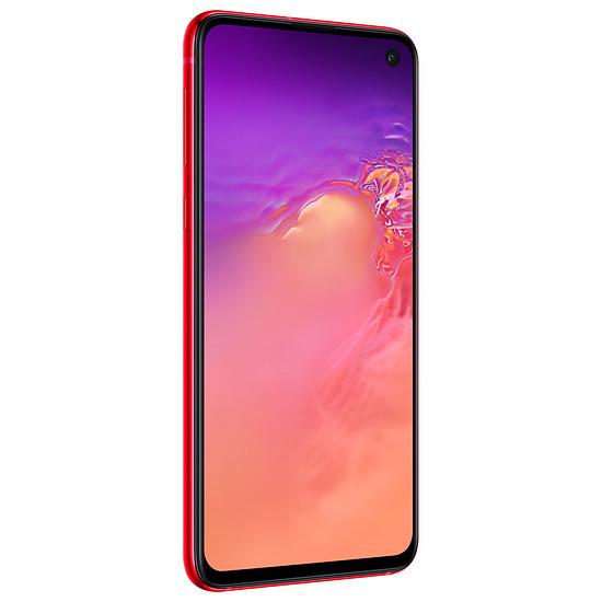 Smartphone et téléphone mobile Samsung Galaxy S10e (rouge) - 128 Go - 6 Go