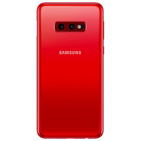 Smartphone et téléphone mobile Samsung Galaxy S10e (rouge) - 128 Go - 6 Go - Autre vue