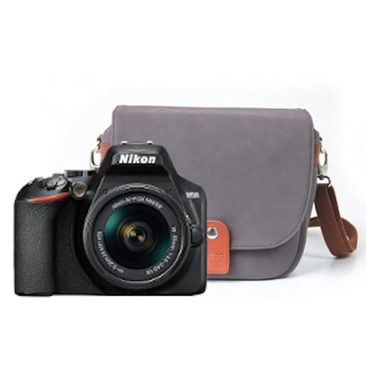 Appareil photo Reflex Nikon D3500 + AF-P DX 18-55 VR + Fourre-tout