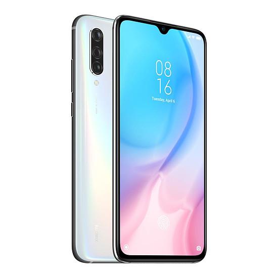 Smartphone et téléphone mobile Xiaomi Mi 9 Lite (Blanc) - 128 Go