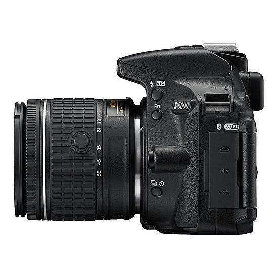 Appareil photo Reflex Nikon D5600 + AF-P 18-55 VR + Cullmann BackPack 200 - Autre vue