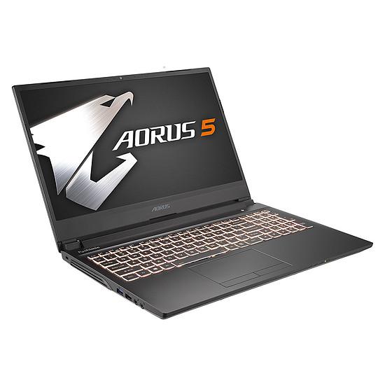 PC portable AORUS 5 MB-5FR1121SD