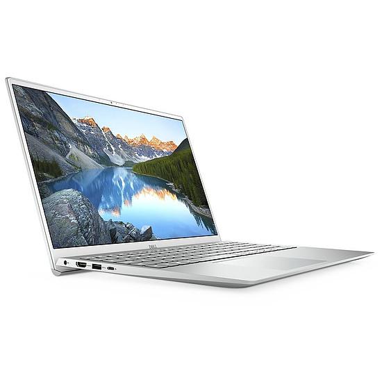 PC portable Dell Inspiron 15 5502 (5502-6348)